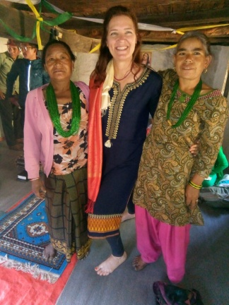 lovely ladies in Sotang